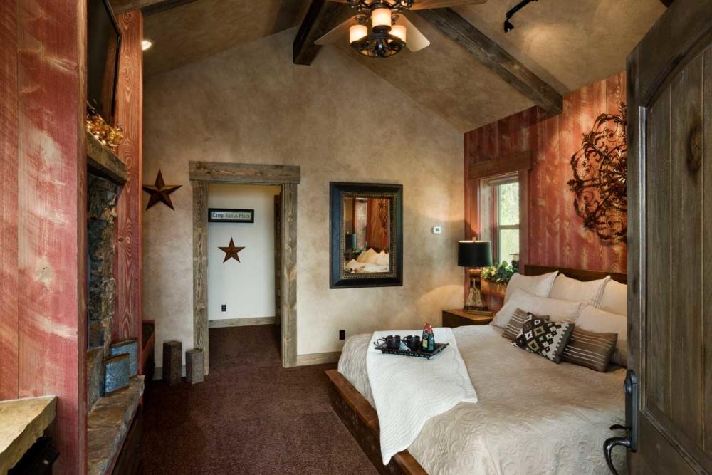 flathead lake retreat master bedroom