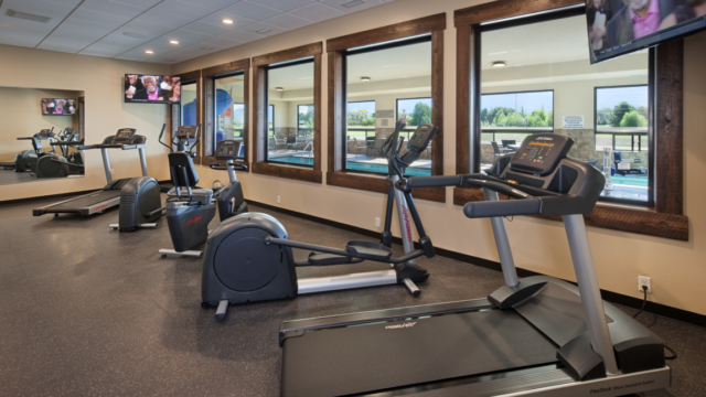 kalispell builder country inn fitness center