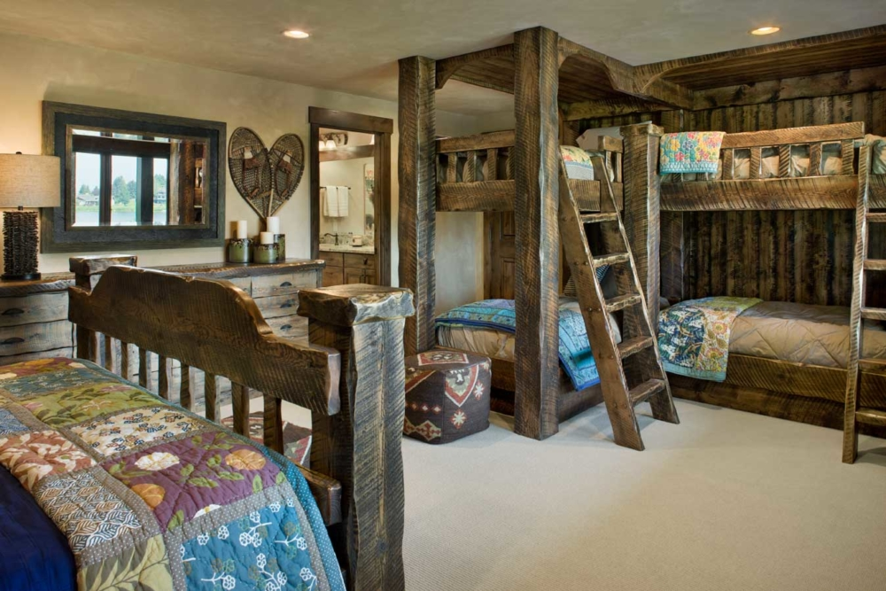 middle foys guest bunks