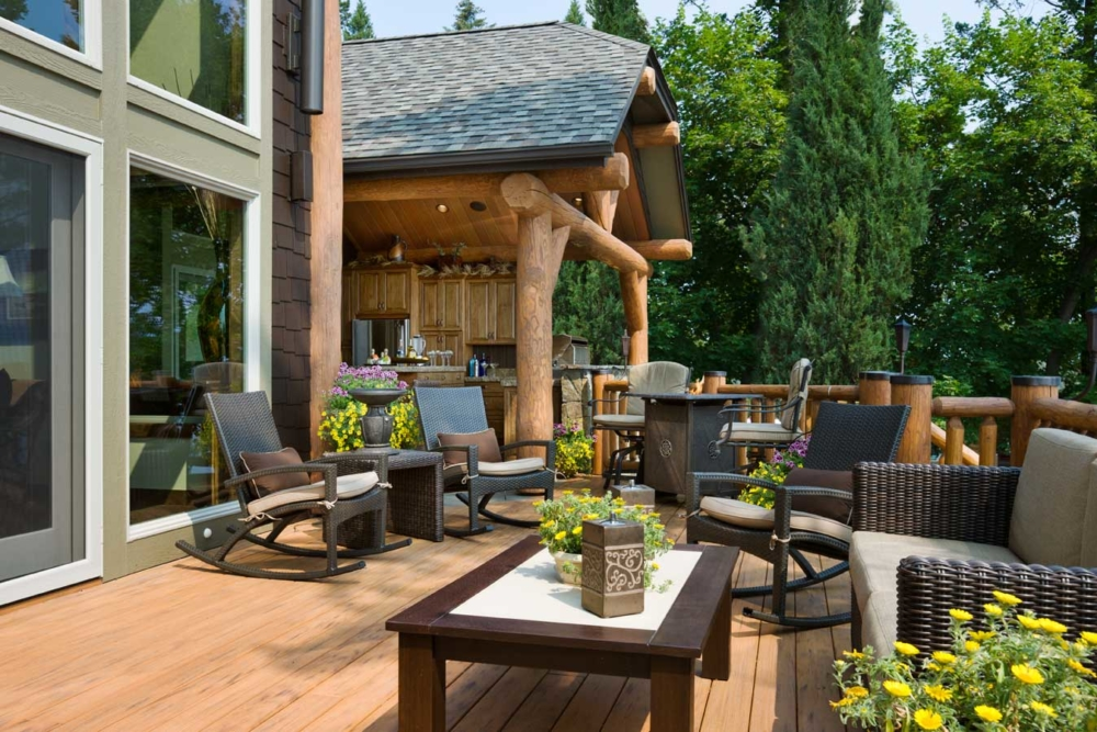 flathead lake retreat deck