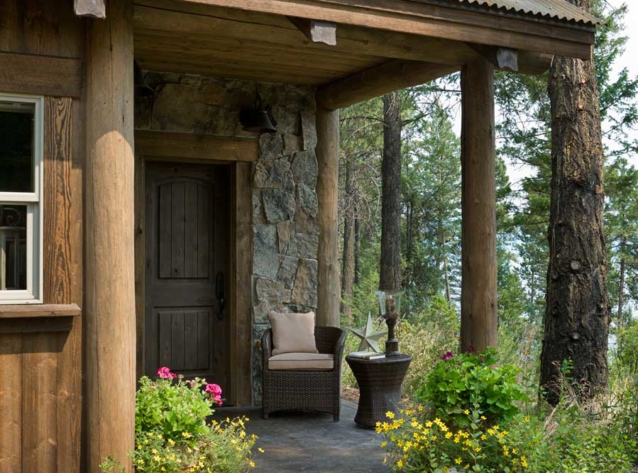 flathead lake retreat guest house entry