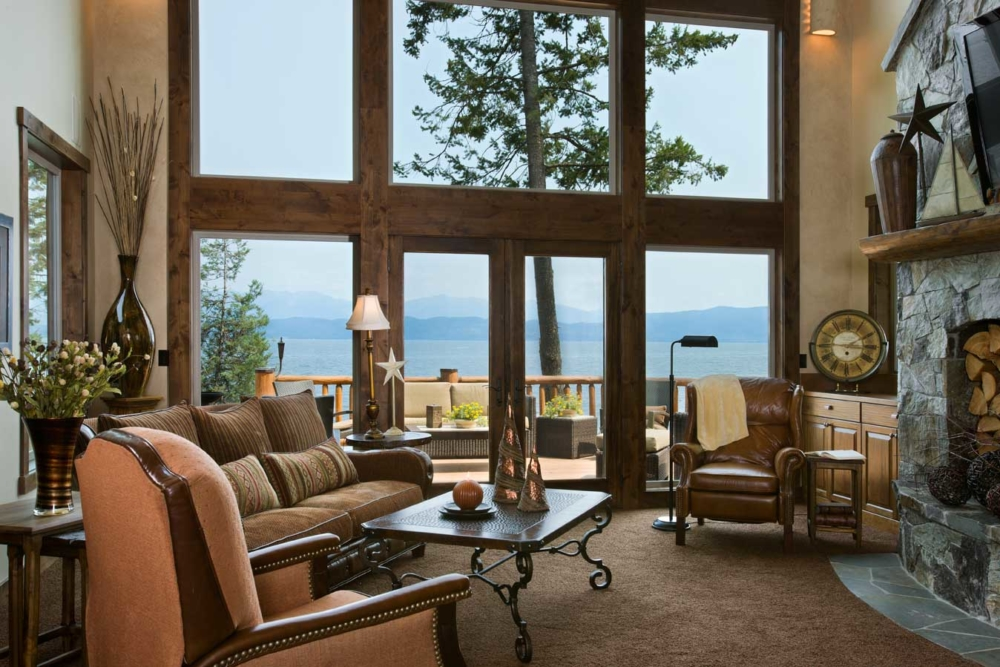 flathead lake retreat living area