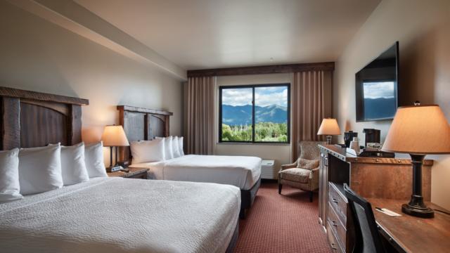 kalispell builder hotel room double queen