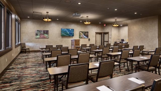 kalispell builder inn conference room